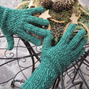 Entangled Stitches