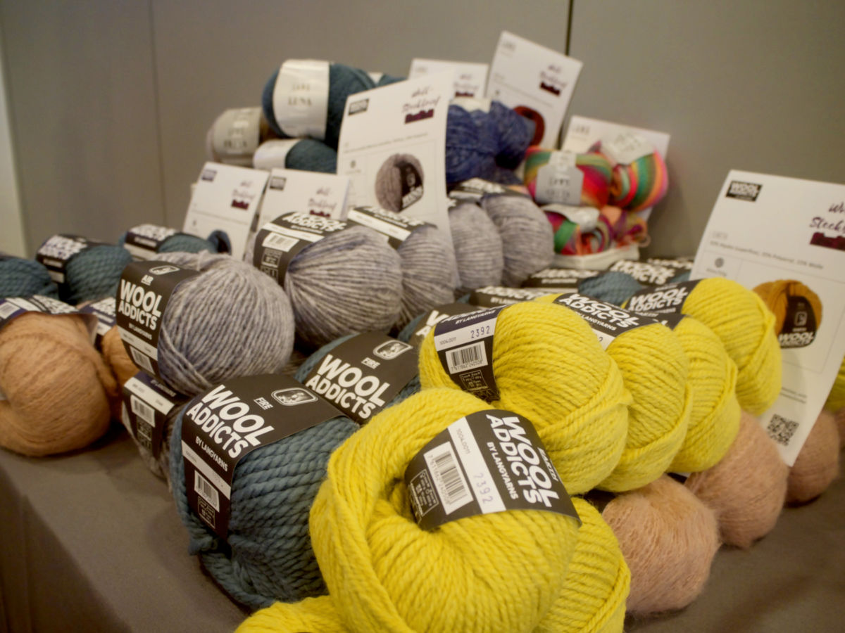 Lang Yarns Wool Addicts